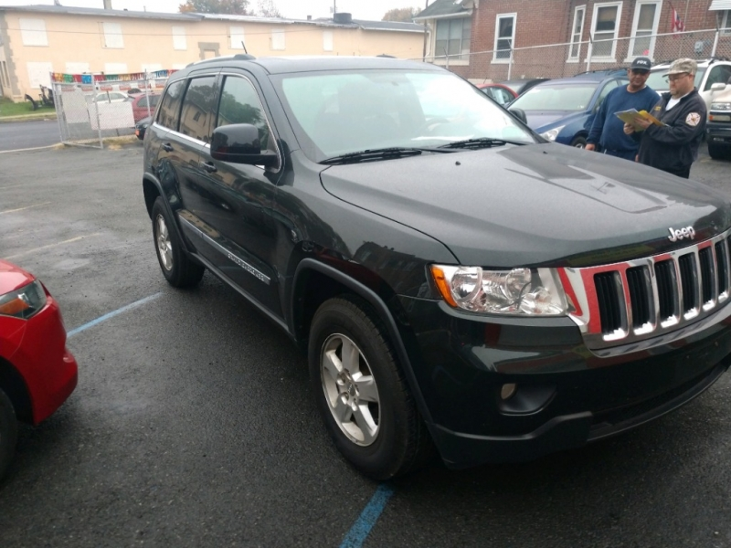 Jeep Grand Cherokee 2013 price $9,990