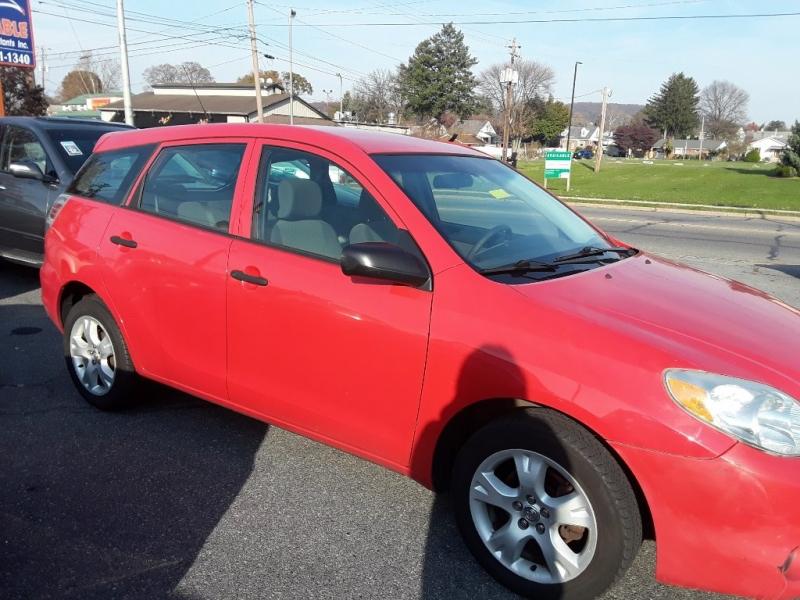 Toyota Matrix 2005 price $2,995 Cash