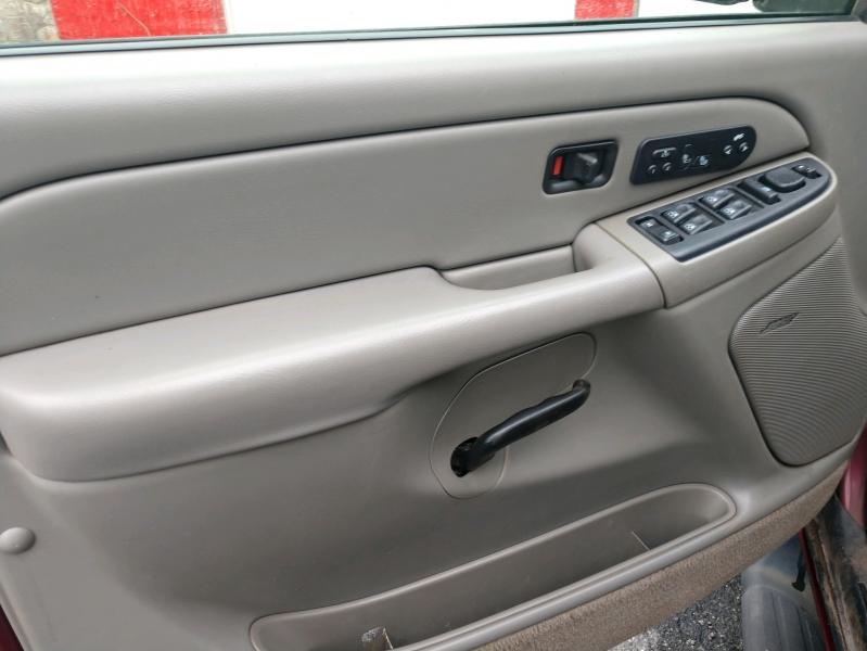 Chevrolet Suburban 2005 price $5,995