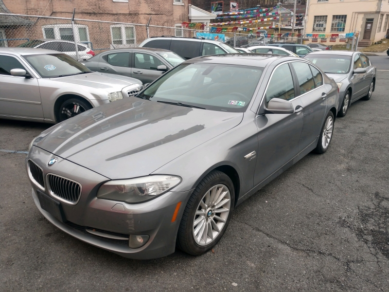 BMW 5-Series 2011 price $10,995 Cash