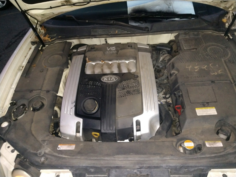 Kia Amanti 2006 price $2,995