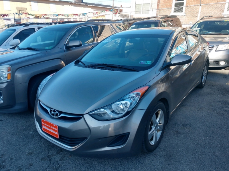 Hyundai Elantra 2013 price $5,695