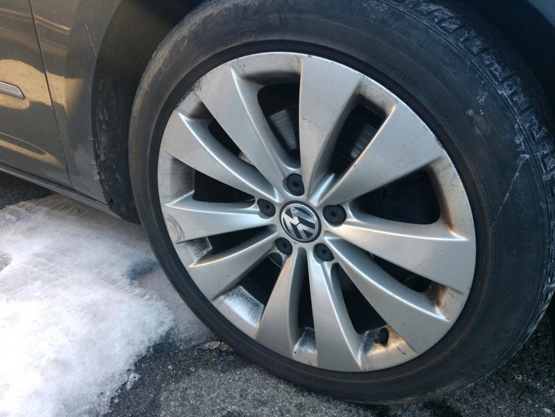 Volkswagen CC 2009 price $3,295