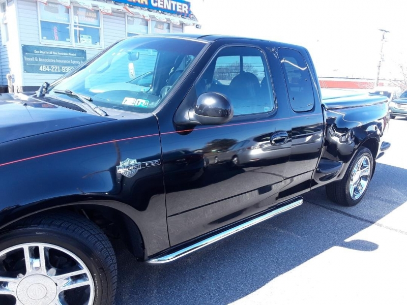 Ford F-150 2000 price $7,895