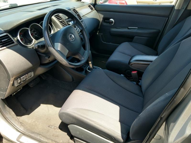 Nissan Versa 2009 price $3,890