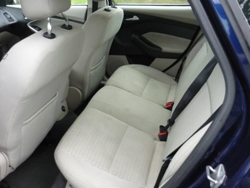 Ford Focus 2012 price $3,995