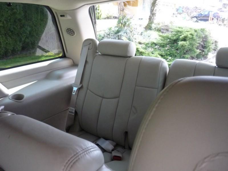 Cadillac Escalade 2003 price $3,250