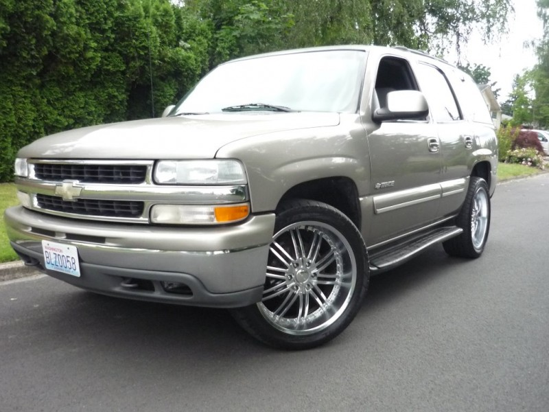Chevrolet Tahoe 2001 price $2,995