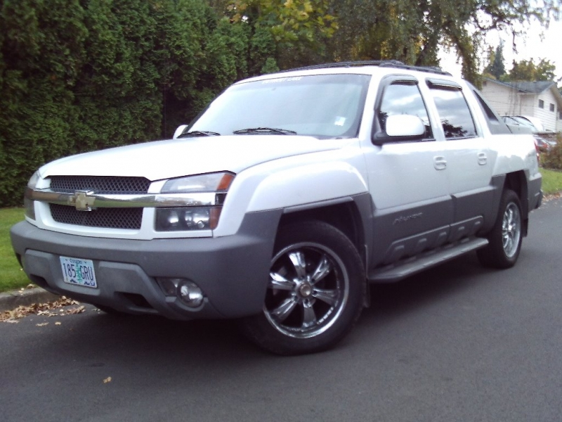 Chevrolet Avalanche 2002 price $3,750