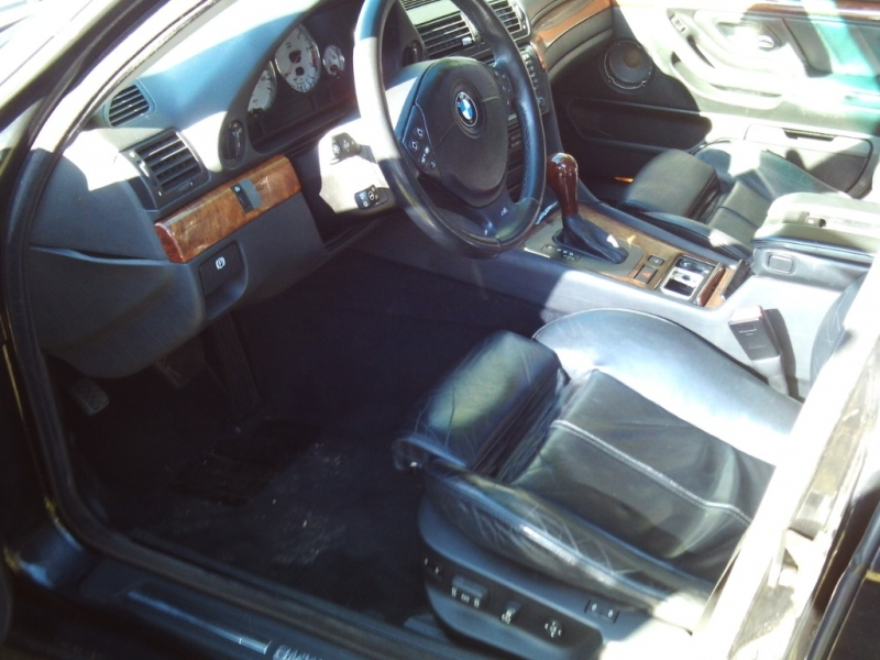 BMW 7-Series 2001 price $2,000