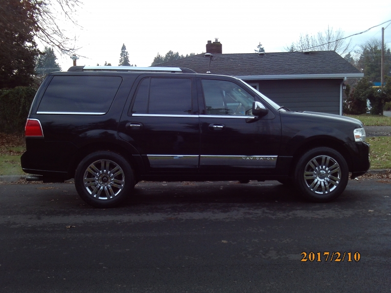 Lincoln Navigator 2007 price $4,995