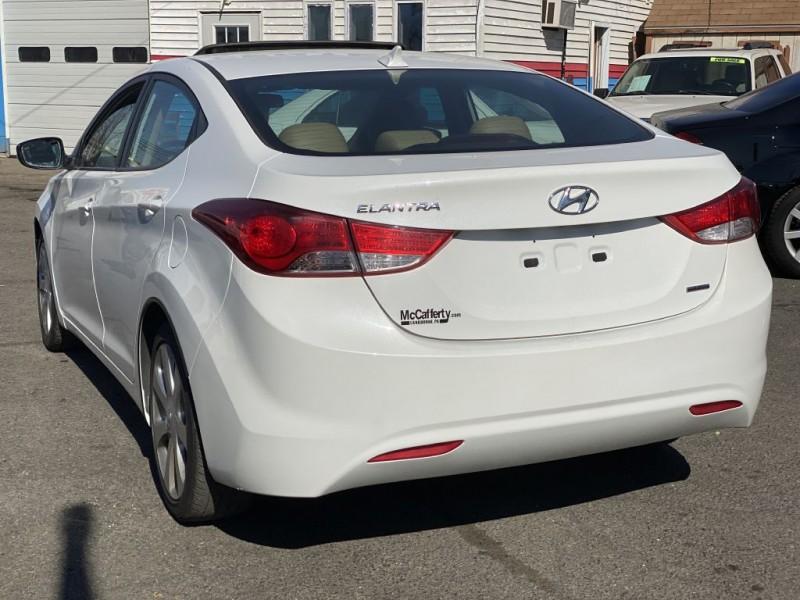 Hyundai Elantra 2011 price $6,200