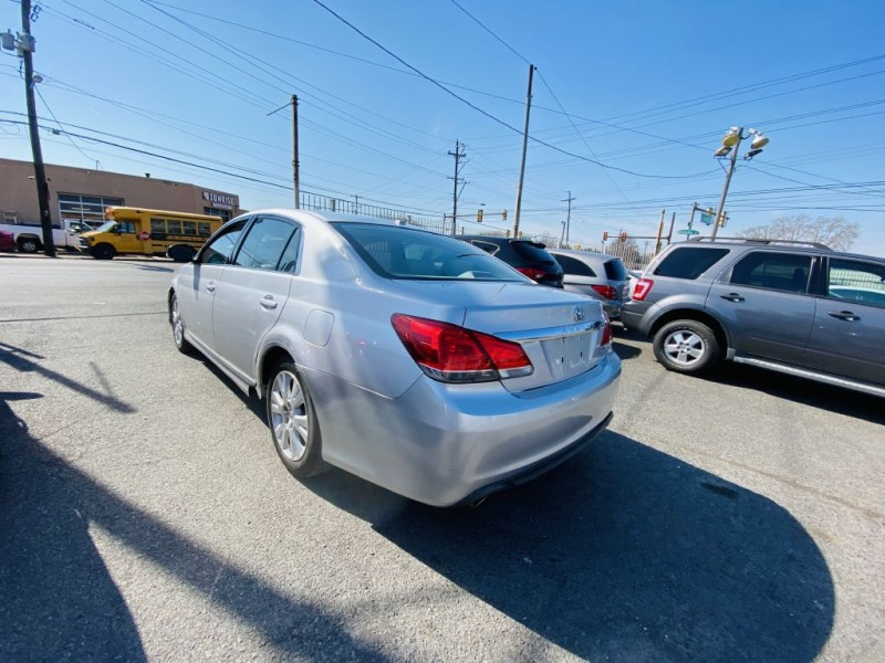 TOYOTA AVALON 2011 price $6,899
