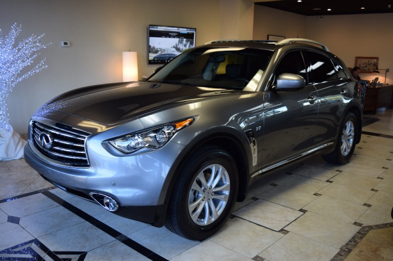 motorgroup auto gallery 2015 infiniti qx70 awd. Black Bedroom Furniture Sets. Home Design Ideas