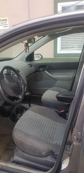 Ford Focus 2006 price $8,995