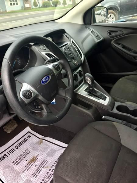 Ford Focus 2012 price $10,995