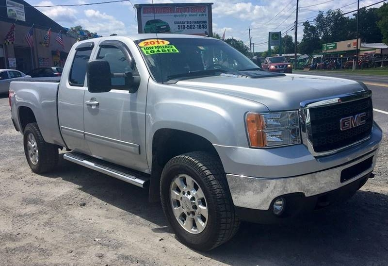GMC Sierra 2500HD 2011 price $22,995
