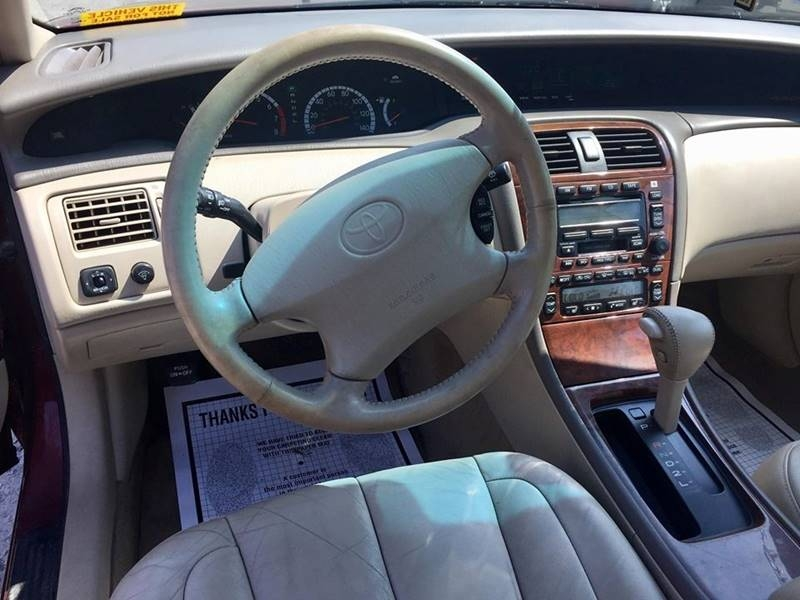 Toyota Avalon 2000 price $5,995