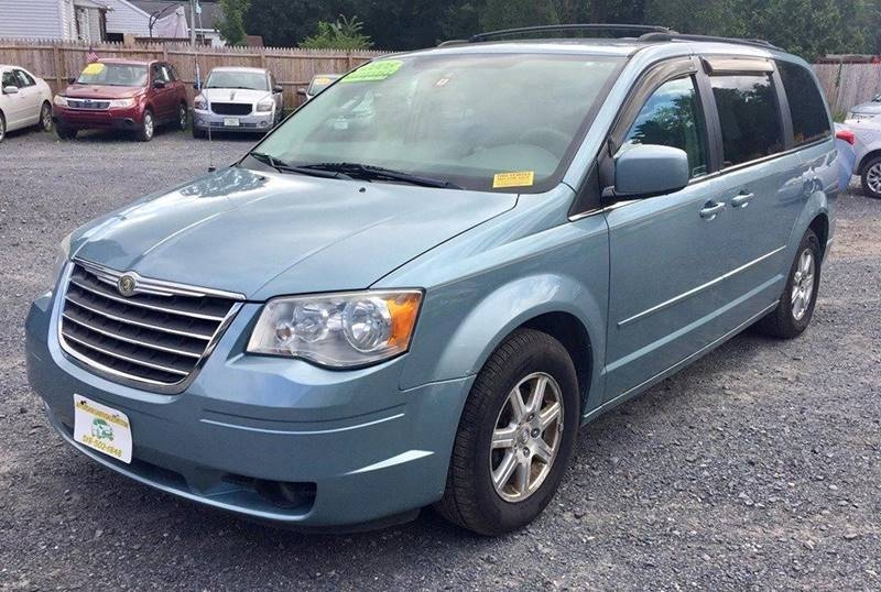 Chrysler Town and Country 2008 price $6,500