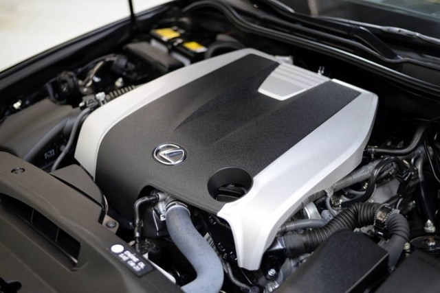 Lexus IS 350 2015 price $27,888