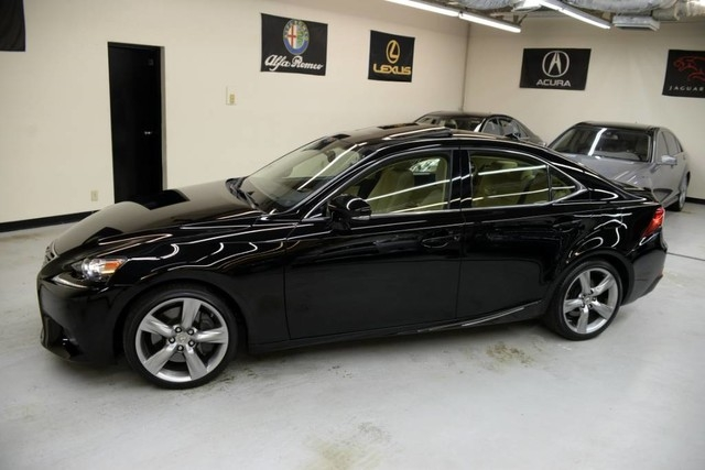 Lexus IS 350 2015 price $25,995