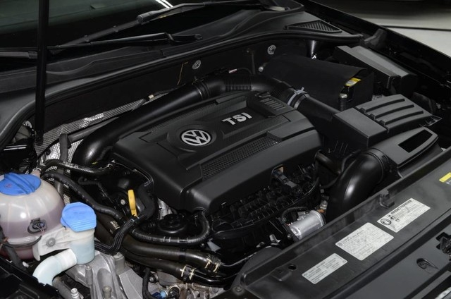 Volkswagen Passat 2015 price $10,495