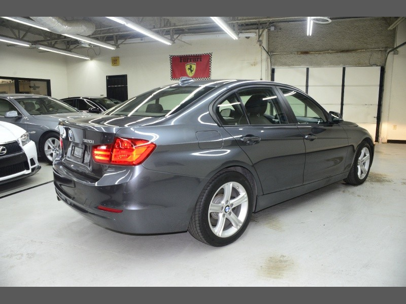 BMW 3 Series 2015 price $13,995