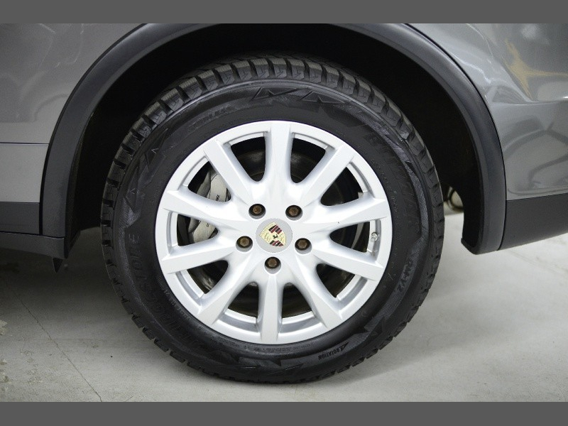 Porsche Cayenne 2012 price $24,995