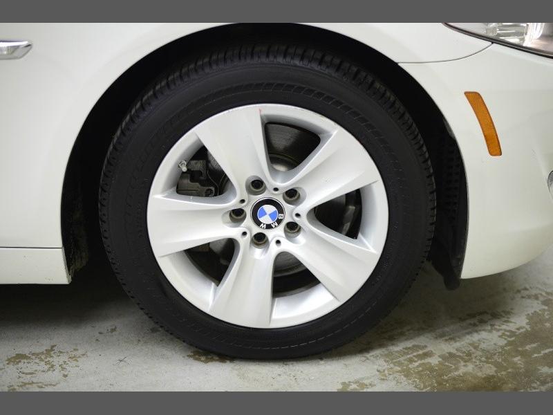 BMW 5-Series 2013 price $12,995