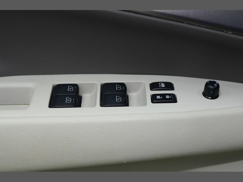 Infiniti G37 Sedan 2012 price $9,995