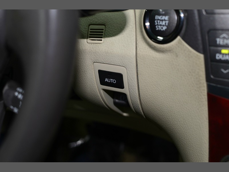 Lexus LS 460 2010 price $11,995