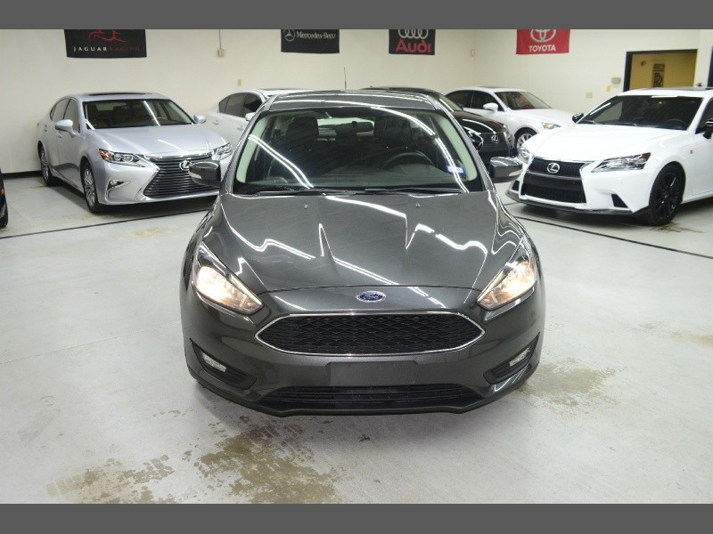Ford Focus 2015 price $9,995