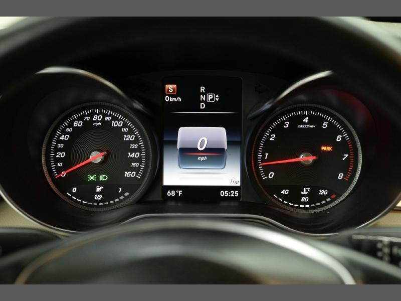 Mercedes-Benz C-Class 2015 price $17,795