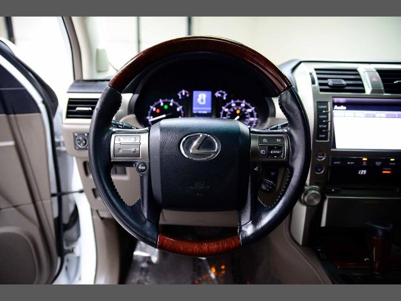 Lexus GX 460 2013 price $23,743