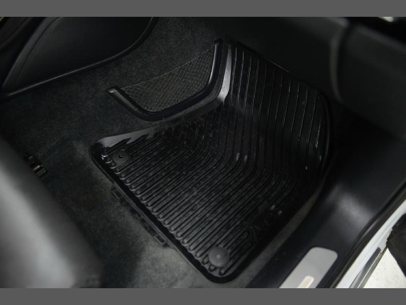 Audi A8 L 2016 price $26,995