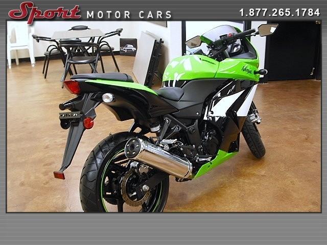 Kawasaki 250 2009 price $3,795