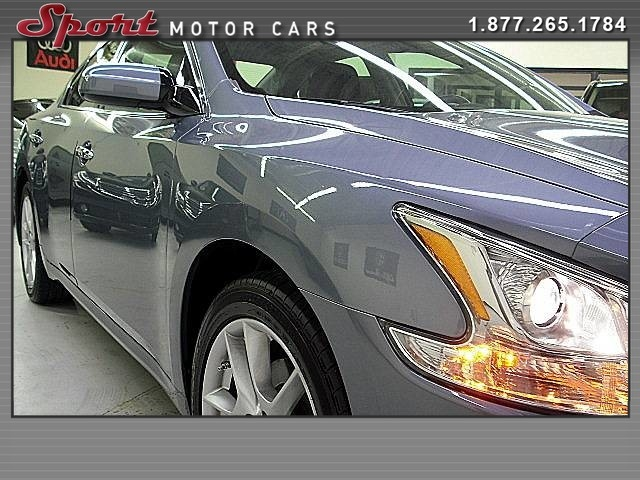 Nissan Maxima 2010 price $12,995