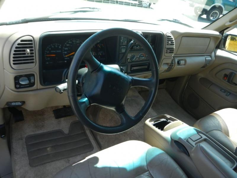 GMC YUKON 1998 price $5,995