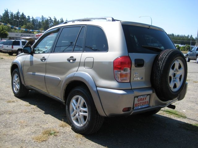 TOYOTA RAV4 2003 price $8,995