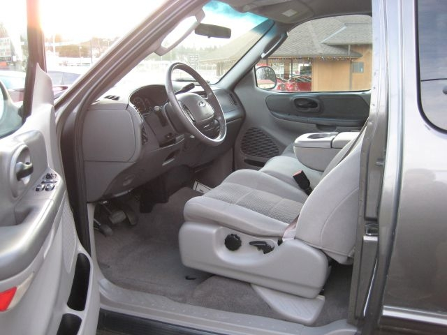 FORD F150 2002 price $8,995