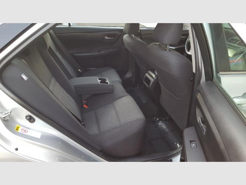Toyota Camry 2016 price $13,597