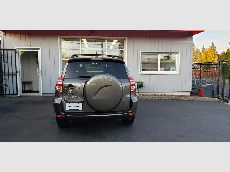 Toyota RAV4 2009 price $12,997