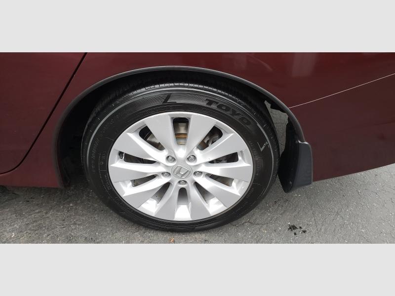Honda Accord Sedan 2015 price $13,997