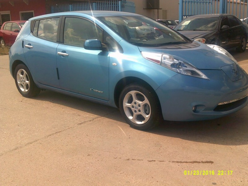 Nissan LEAF 2012 price $9,500