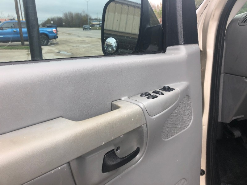 Ford Econoline Cargo Van 2008 price $6,900