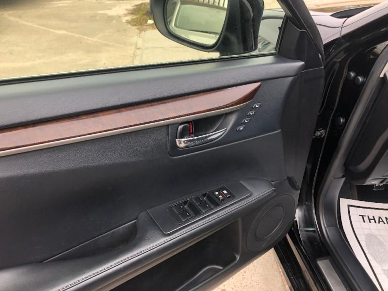 Lexus ES 350 2015 price $20,900
