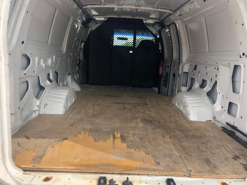 Ford Econoline Cargo Van 2006 price $6,900