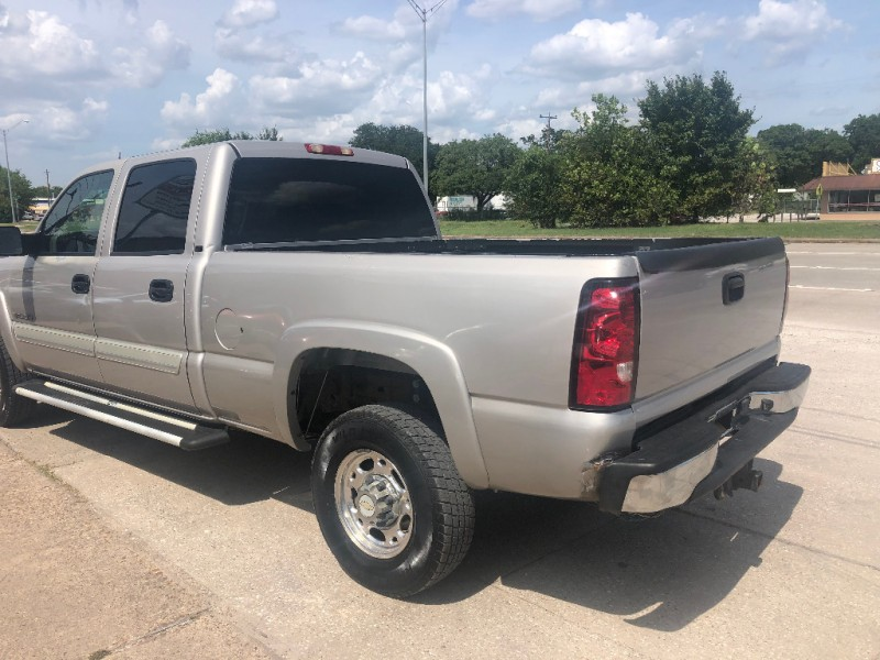 Chevrolet Silverado 2500HD 2005 price $7,900