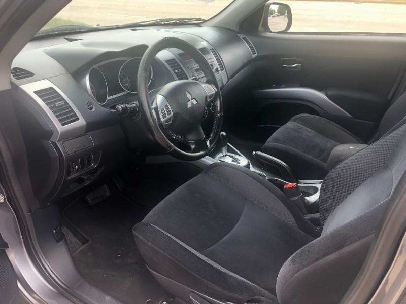 Mitsubishi Outlander 2012 price $7,900