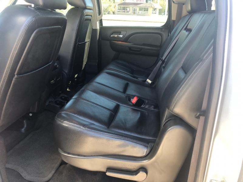 GMC Yukon XL 2014 price $18,900